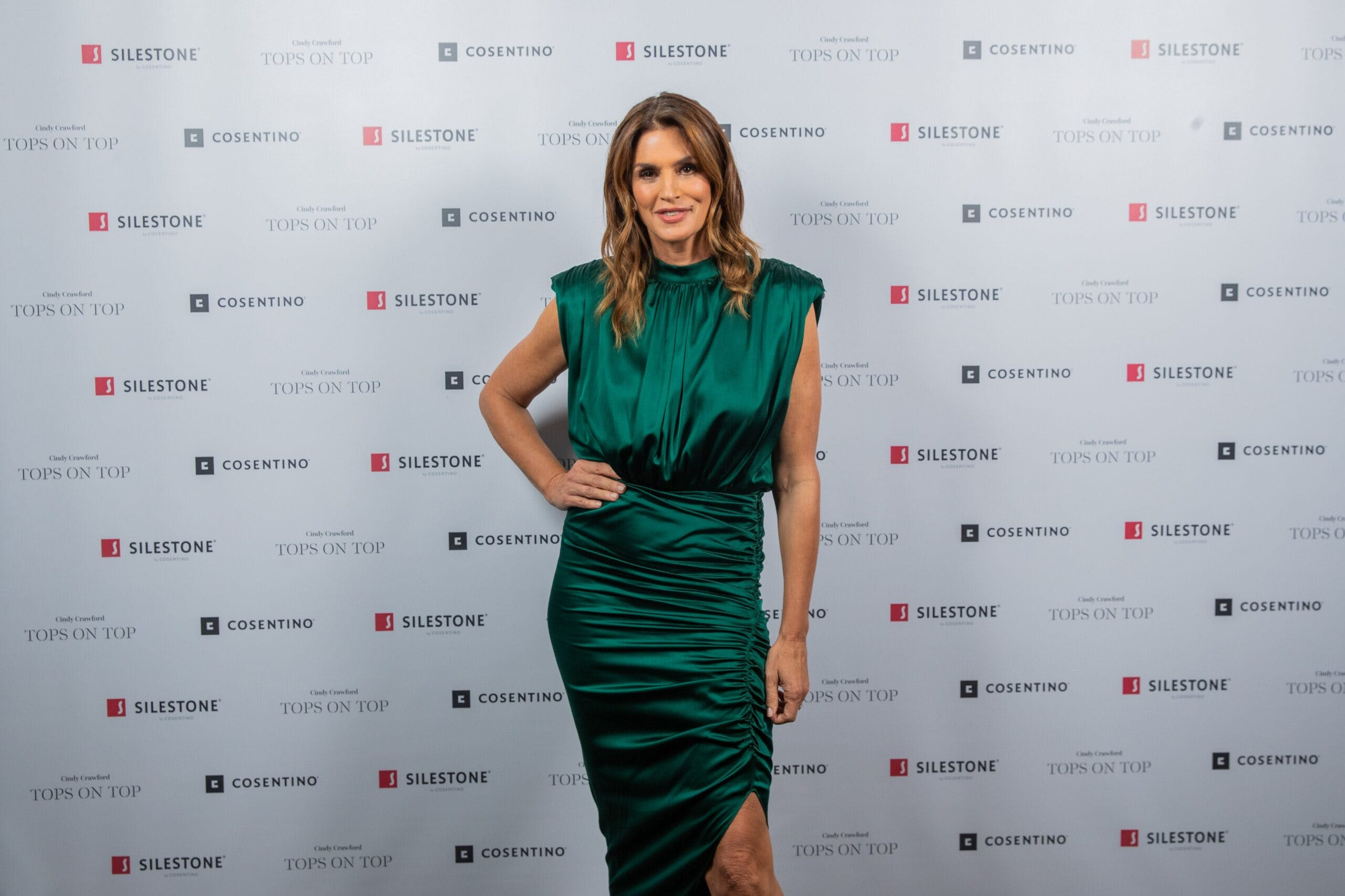 "Image of Cindy Crawford   Silestone   Londres 1 scaled in Silestone® Presents its New ""Tops on Top 2019"" Campaign Featuring Cindy Crawford - Cosentino"