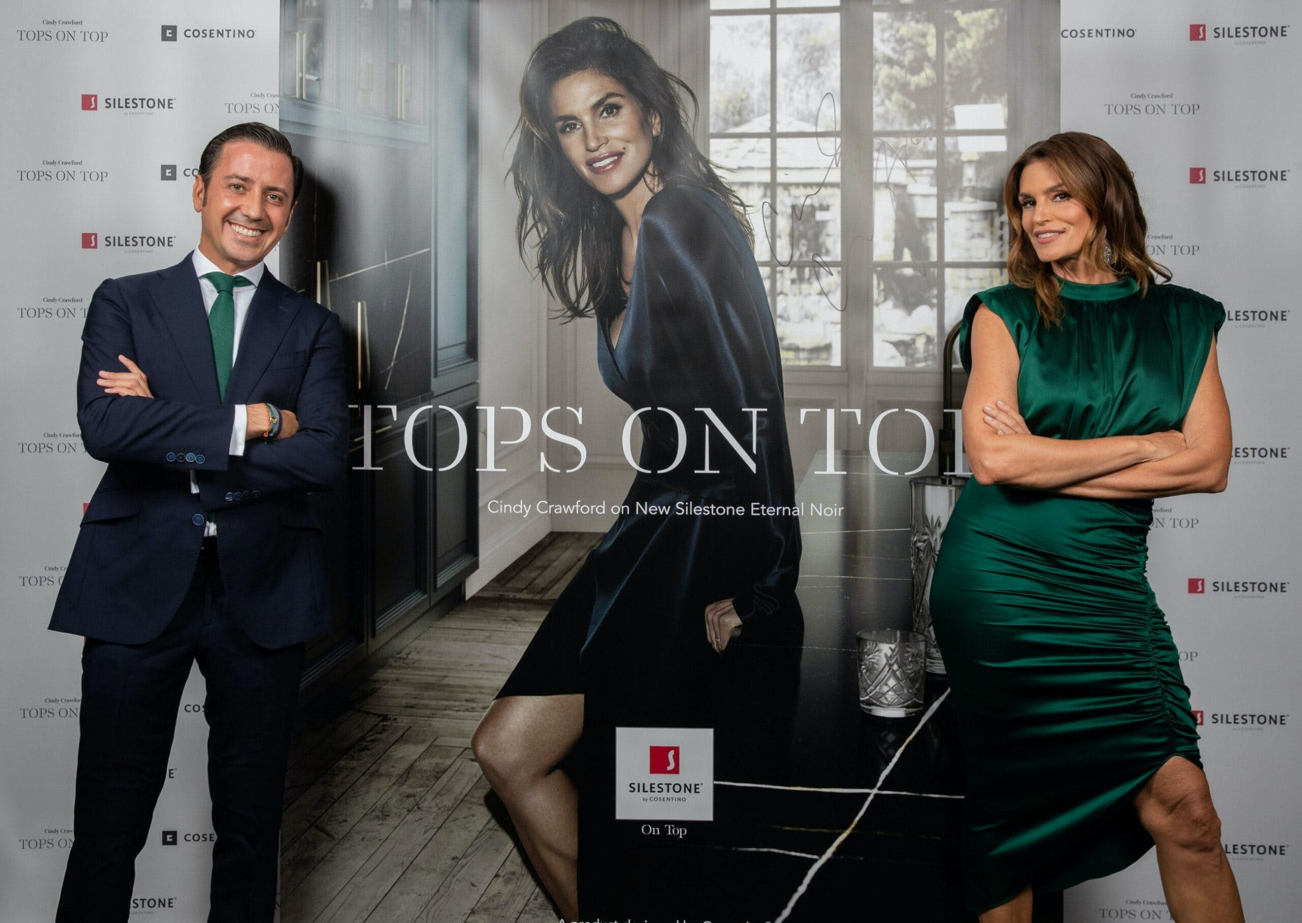 "Image of Eduardo Cosentino y Cindy Crawford   Tops On Top 2019   Londres 1 scaled in Silestone® Presents its New ""Tops on Top 2019"" Campaign Featuring Cindy Crawford - Cosentino"